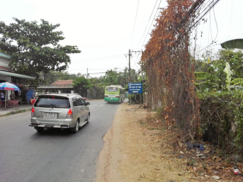 Ben Duoc bus stop