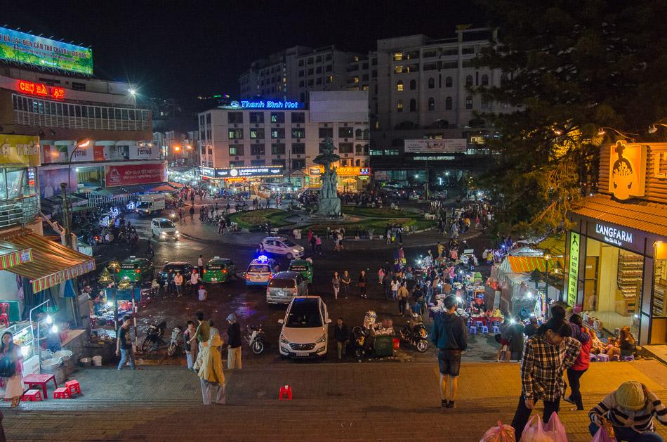 Dalat's night market