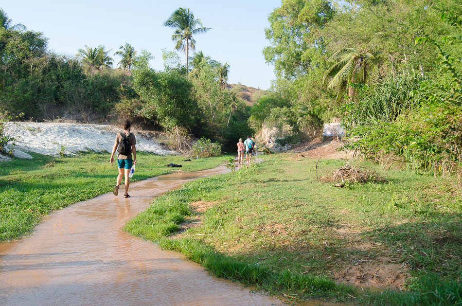 Walking the fairy Stream in Mui Né